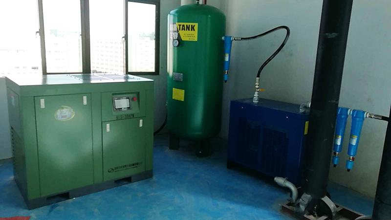 空压机品种及油式螺杆空压机的根底结构