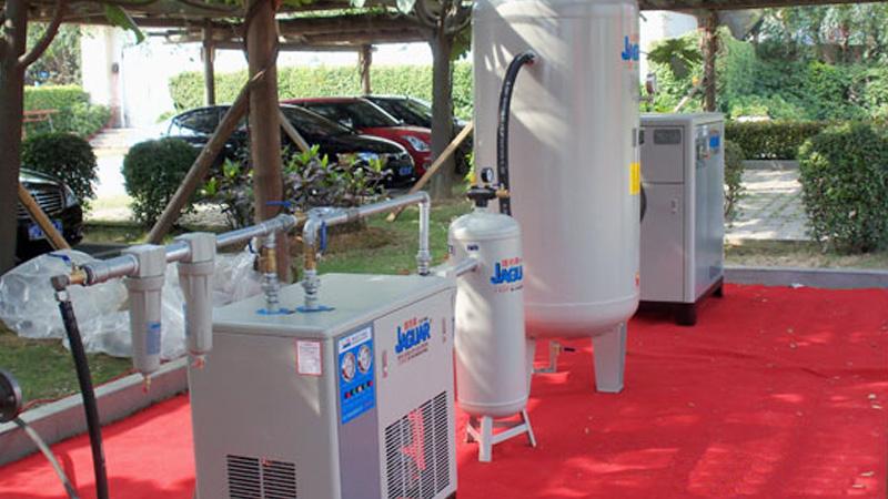 佛山激光公司与巨劲合作活塞高压空压机案例